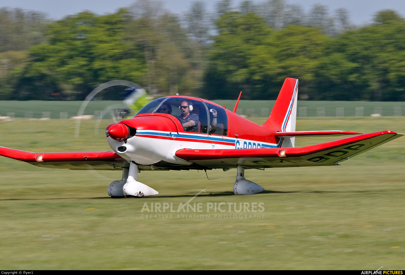 Private G-BBDP aircraft at Lashenden / Headcorn