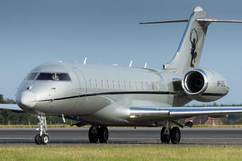 9H-OPE - Vistajet Bombardier BD-700 Global Express XRS