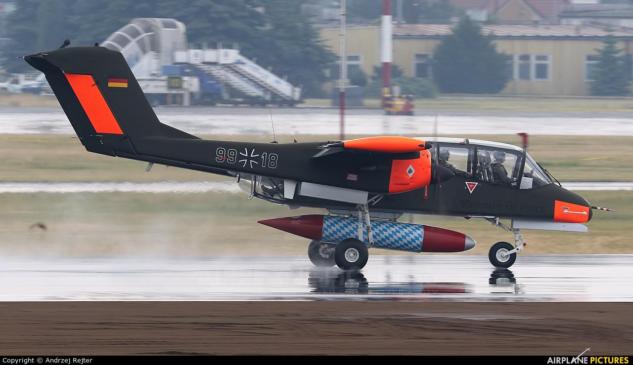 Bronco Demo Team G-ONAA aircraft at Poznań - Ławica