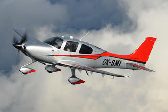 OK-SMI - Private Cirrus SR22