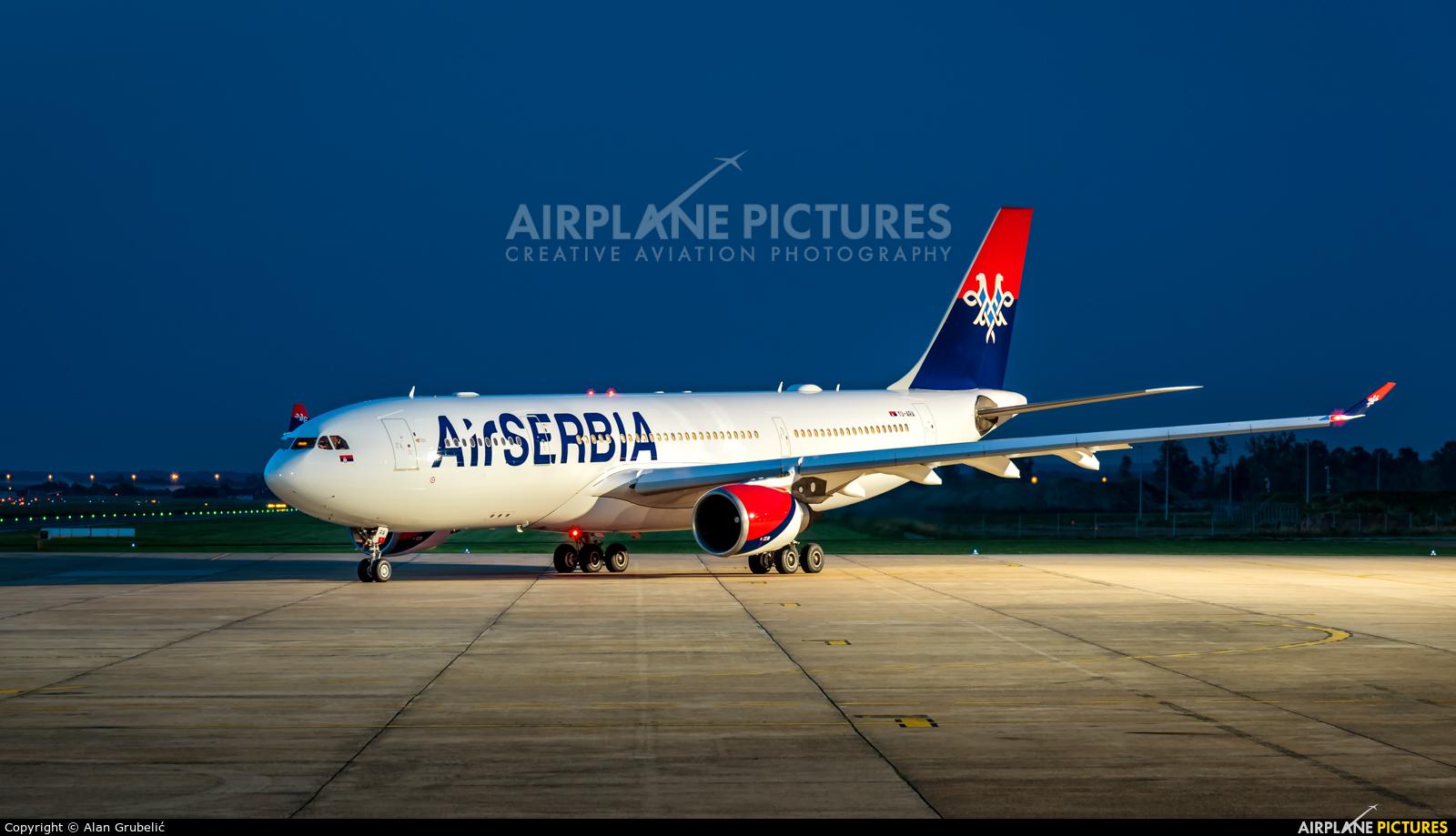 Air Serbia YU-ARA aircraft at Zagreb