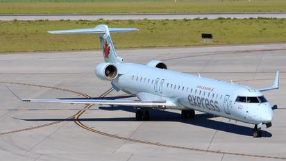 C-GOJZ - Air Canada Express Canadair CL-600 CRJ-705