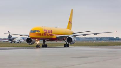 G-BIKZ - DHL Cargo Boeing 757-200F