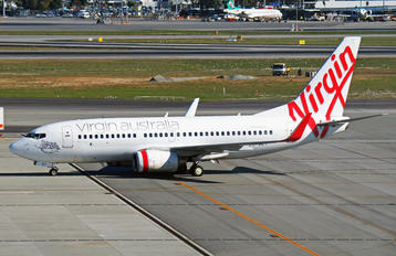 VH-VBY - Virgin Blue Boeing 737-700