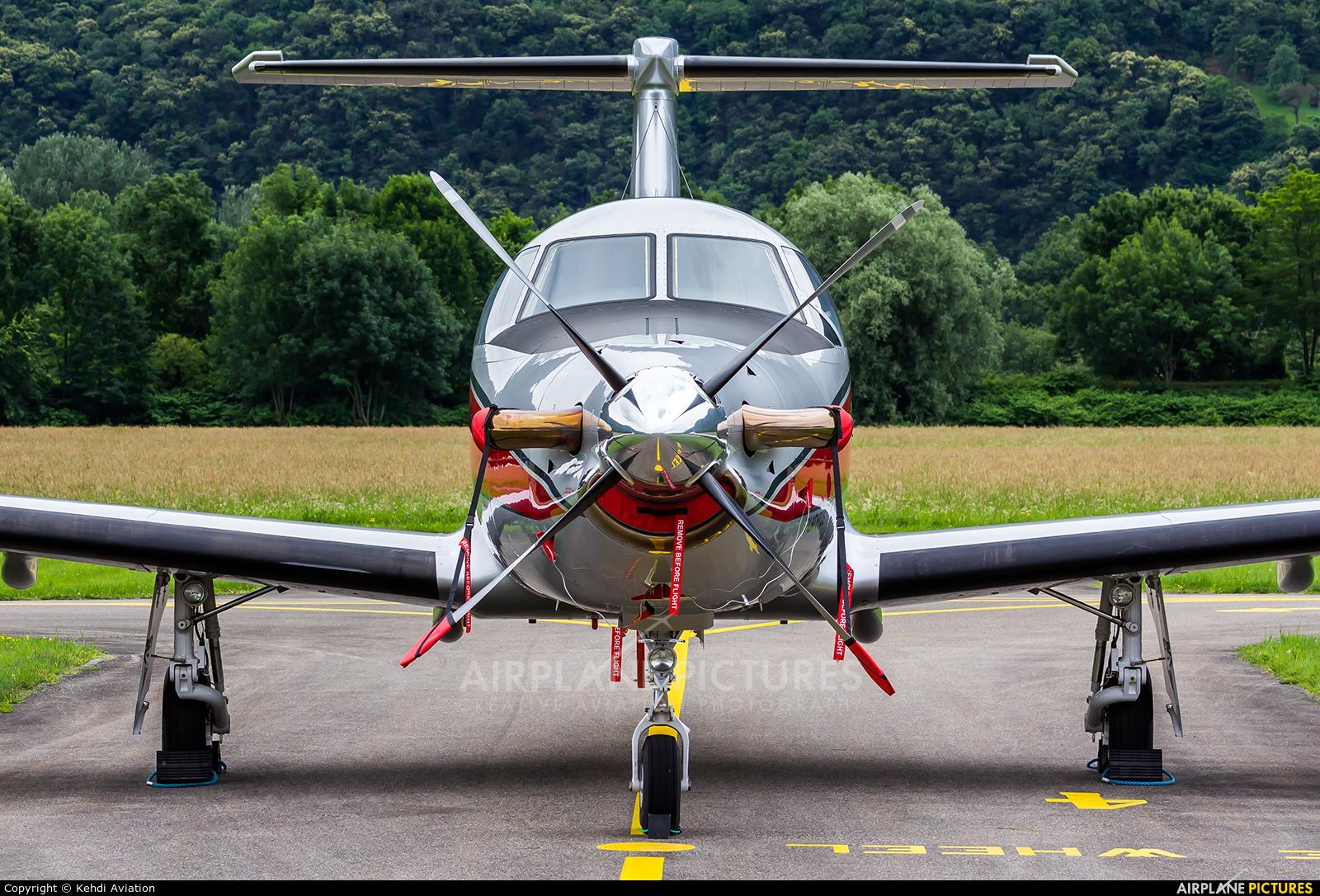 Private PH-PNG aircraft at Locarno
