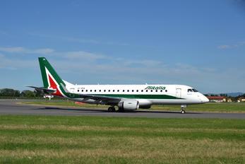 EI-RDA - Alitalia Embraer ERJ-175 (170-200)