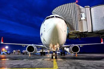 UR-UTQ - UTair Ukraine Boeing 737-800