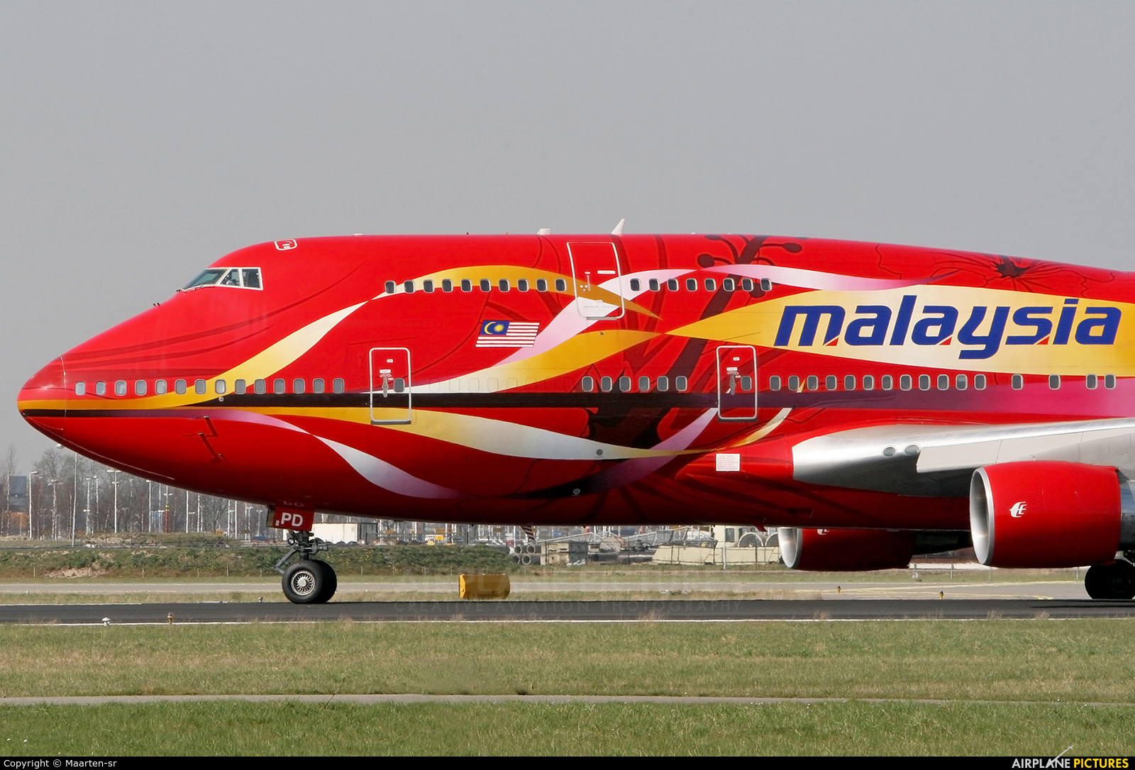 Malaysia Airlines 9M-MPD aircraft at Amsterdam - Schiphol