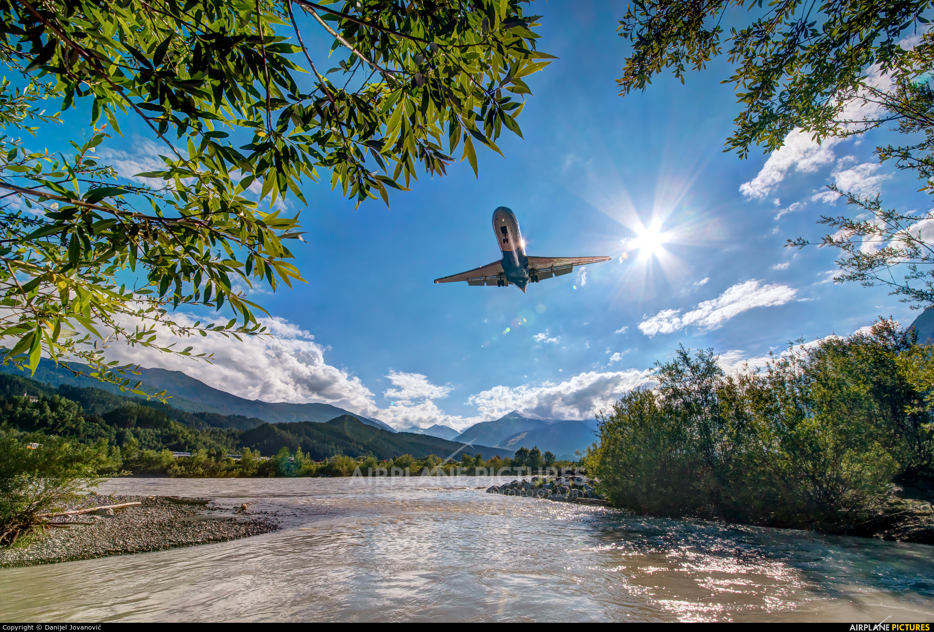 Austrian Airlines/Arrows/Tyrolean OE-LFQ aircraft at Innsbruck