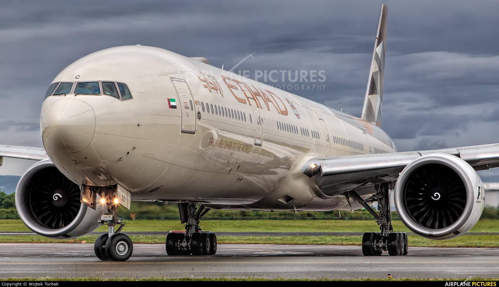 Etihad Airways A6-ETC aircraft at Dublin