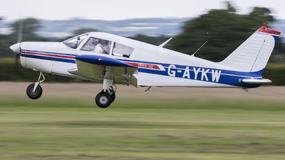 G-AYKW - Private Piper PA-28 Cherokee