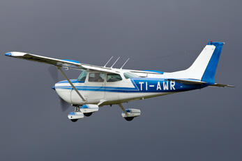 TI-AWR - Private Cessna 172 Skyhawk (all models except RG)
