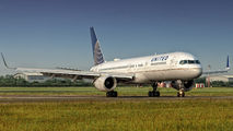 N34131 - United Airlines Boeing 757-200 aircraft