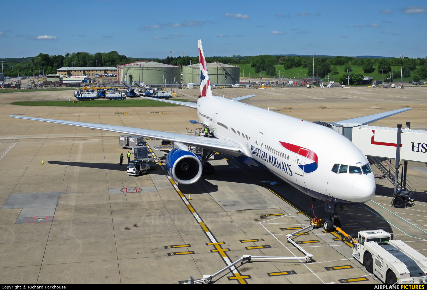 British Airways G-YMMS aircraft at London - Gatwick
