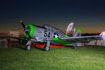 N3665F - Private North American Harvard/Texan (AT-6, 16, SNJ series)