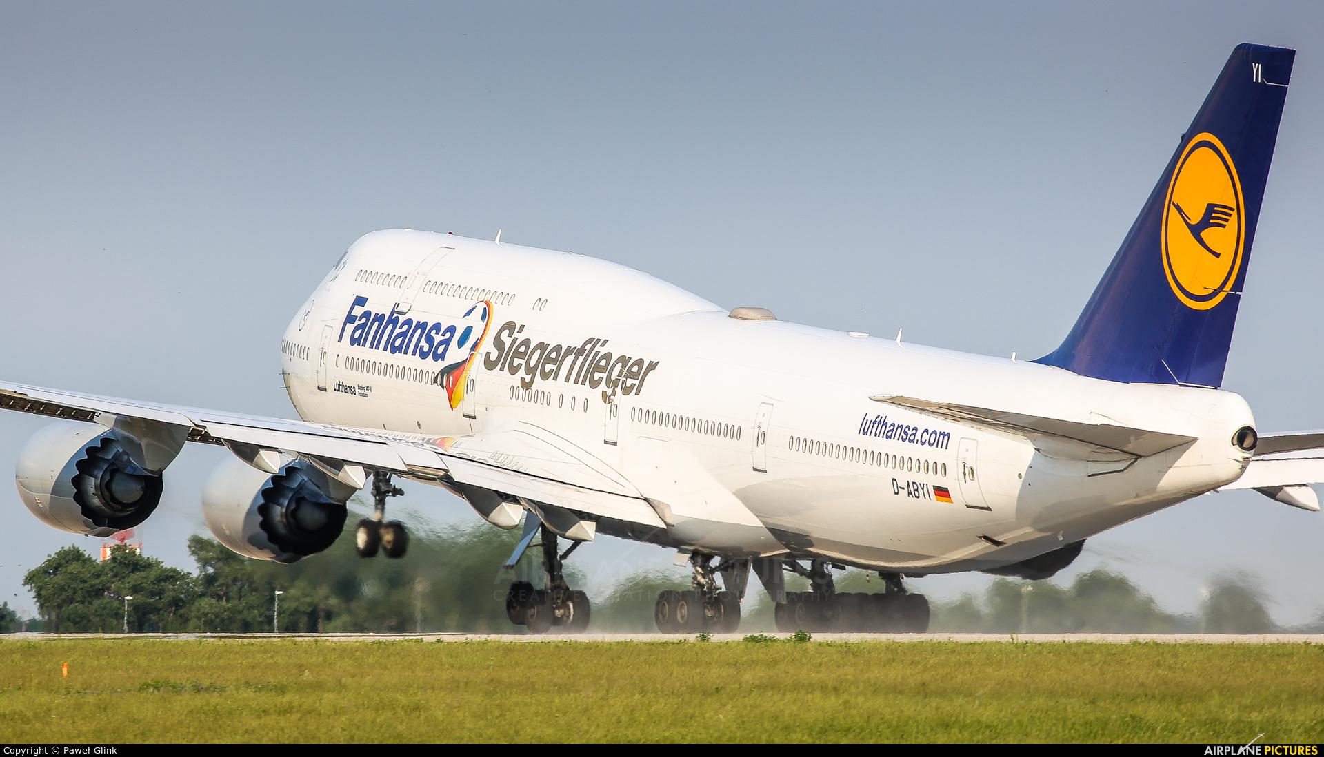Lufthansa D-ABYI aircraft at Berlin - Schönefeld