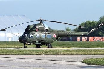 8220 - Poland - Army Mil Mi-2