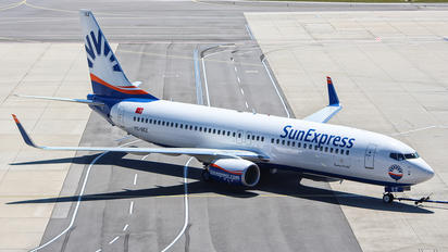 TC-SEZ - SunExpress Boeing 737-800