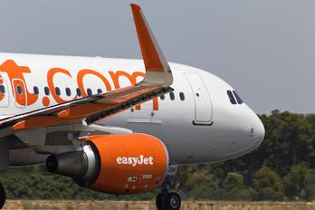 G-EZOH - easyJet Airbus A320