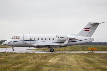 C-215 -  Canadair CL-600 Challenger 601