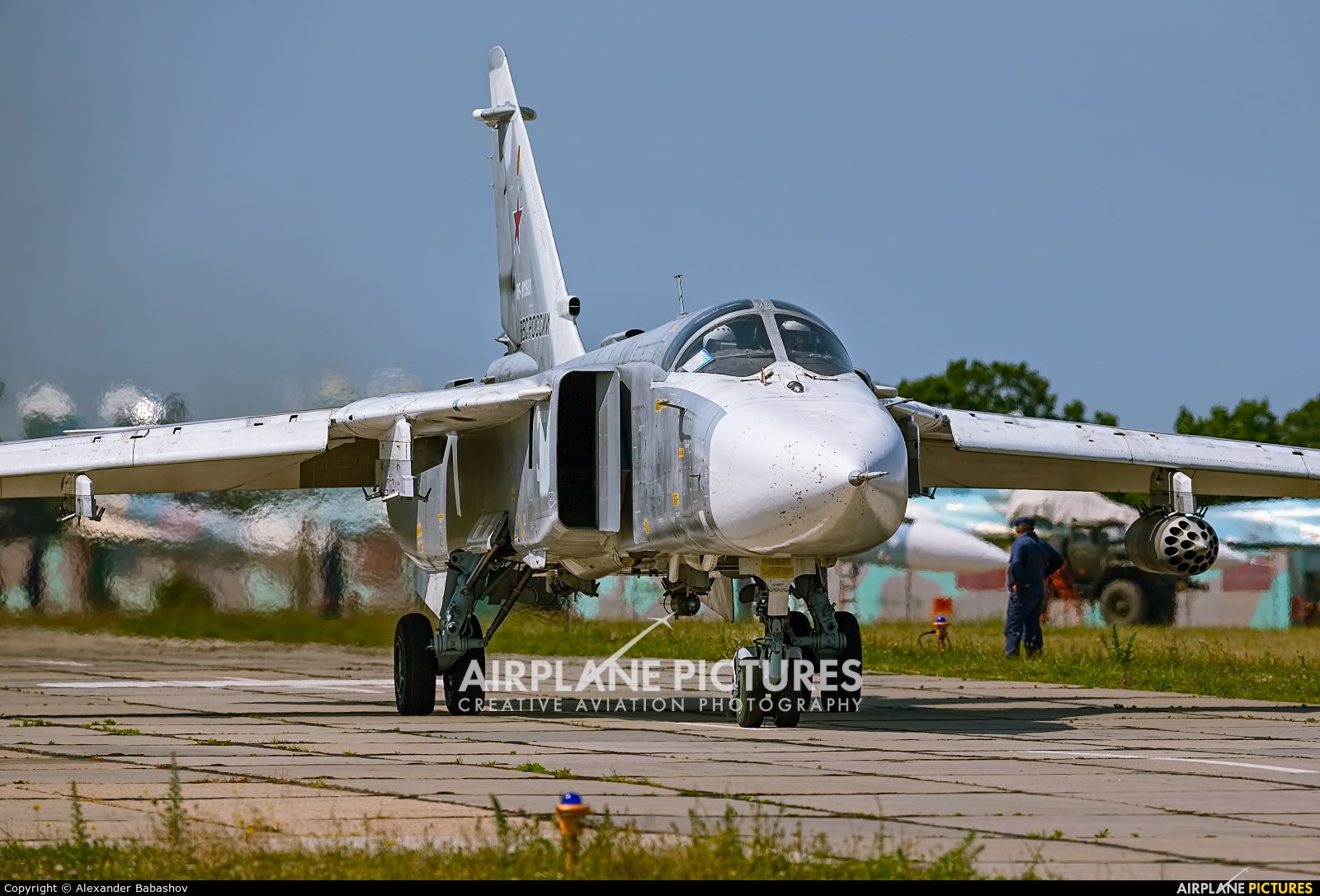 Russia - Air Force Sukhoi Su-24M RF-91988