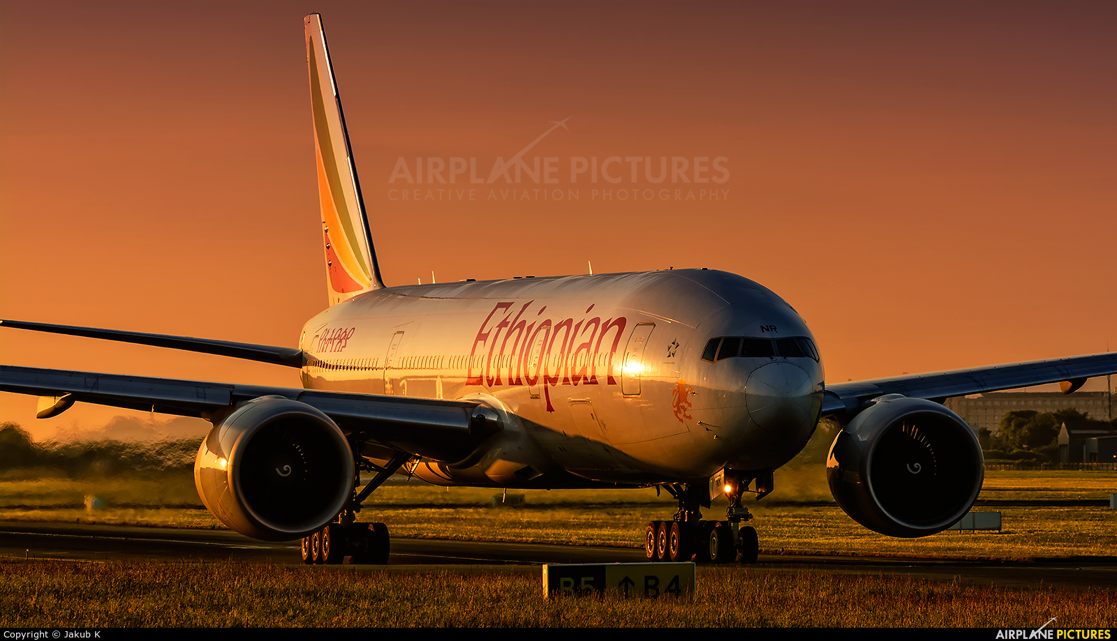 Ethiopian Airlines ET-ANR aircraft at Dublin