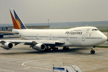 N207AE - Philippines Airlines Boeing 747-200