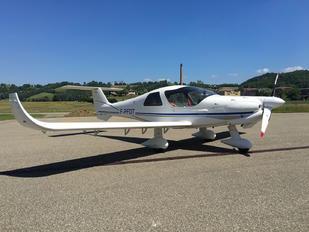 F-PFDT - Private Dyn Aero MCR4s