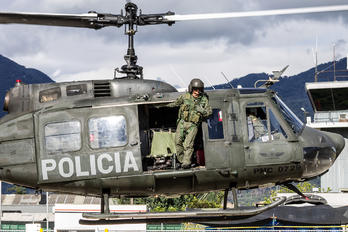 PNC-0729 - Colombia - Police Bell UH-1H H-1H Iroquois