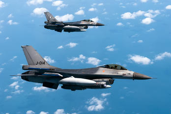 J-014 - Netherlands - Air Force General Dynamics F-16A Fighting Falcon