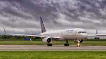 N13110 - United Airlines Boeing 757-200 aircraft