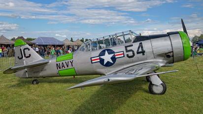 N3665F - Private North American Harvard/Texan (AT-6, 16, SNJ series)