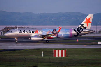 VH-VFV - Jetstar Airways Airbus A320