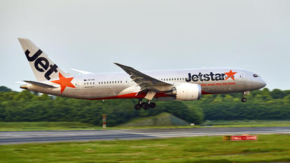 VH-VKE - Jetstar Airways Boeing 787-8 Dreamliner