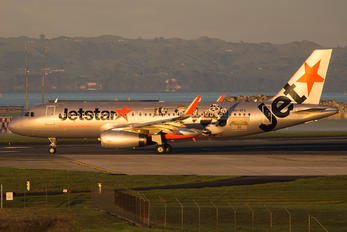 VH-VFX - Jetstar Airways Airbus A320
