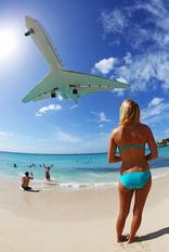 - - Netjets (USA) Gulfstream Aerospace G-V, G-V-SP, G500, G550