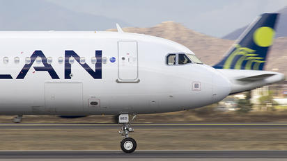 CC-BED - LAN Airlines Airbus A321