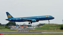 VN-A335 - Vietnam Airlines Airbus A321 aircraft