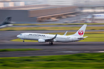 JA326J - JAL - Express Boeing 737-800