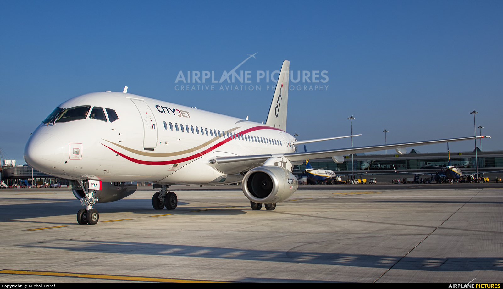 CityJet EI-FWA aircraft at Dublin
