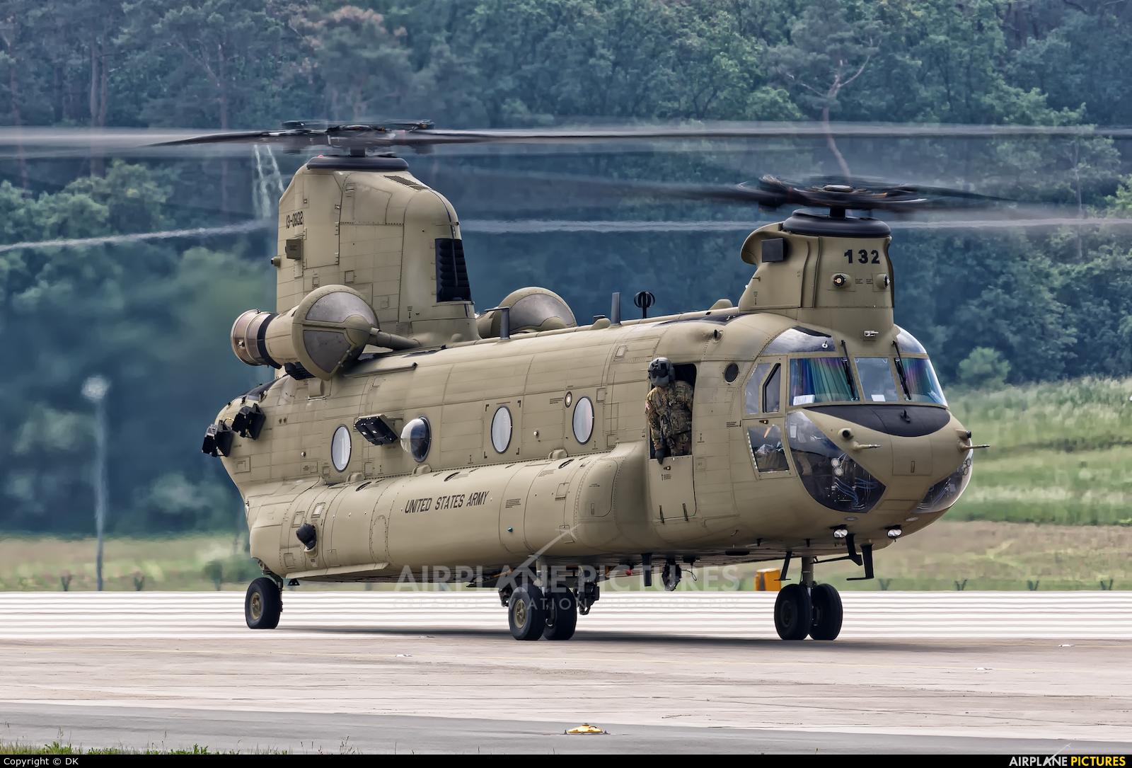 CH-47F ile ilgili görsel sonucu