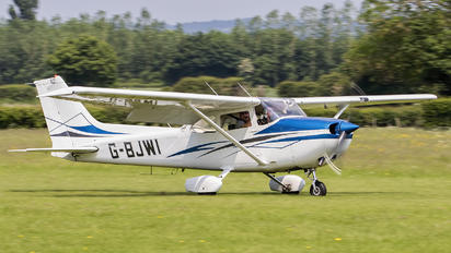 G-BJWI - Private Cessna 172 Skyhawk (all models except RG)