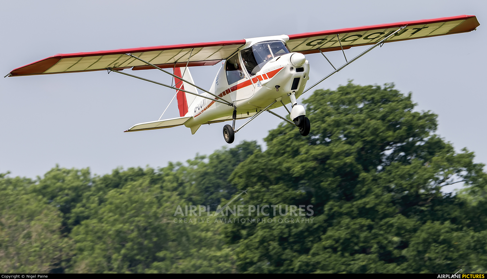 Private G-CCNT aircraft at Lashenden / Headcorn
