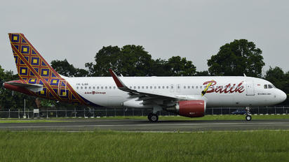 PK-LAH - Batik Air Airbus A320