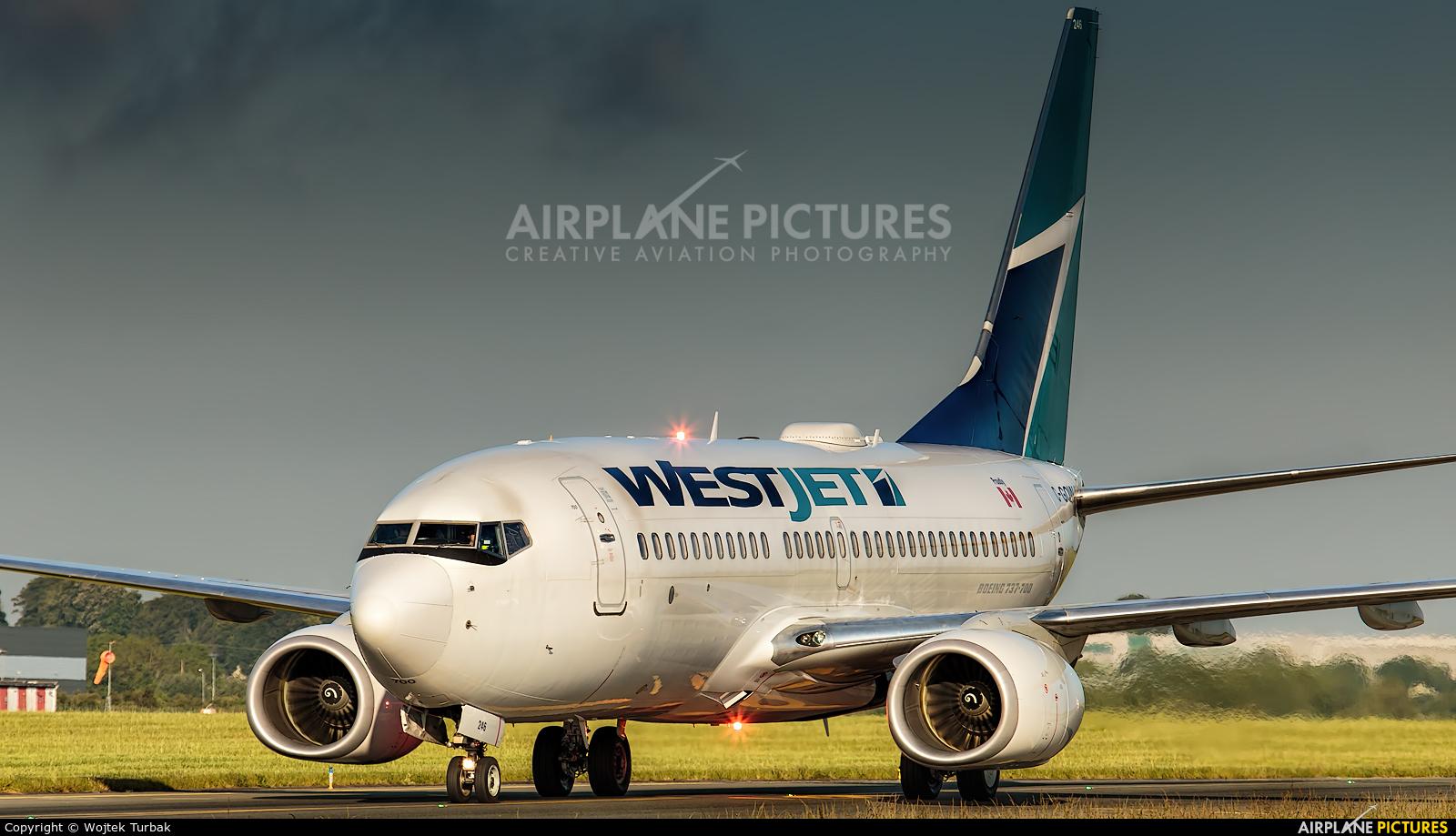 WestJet Airlines C-GQWJ aircraft at Dublin