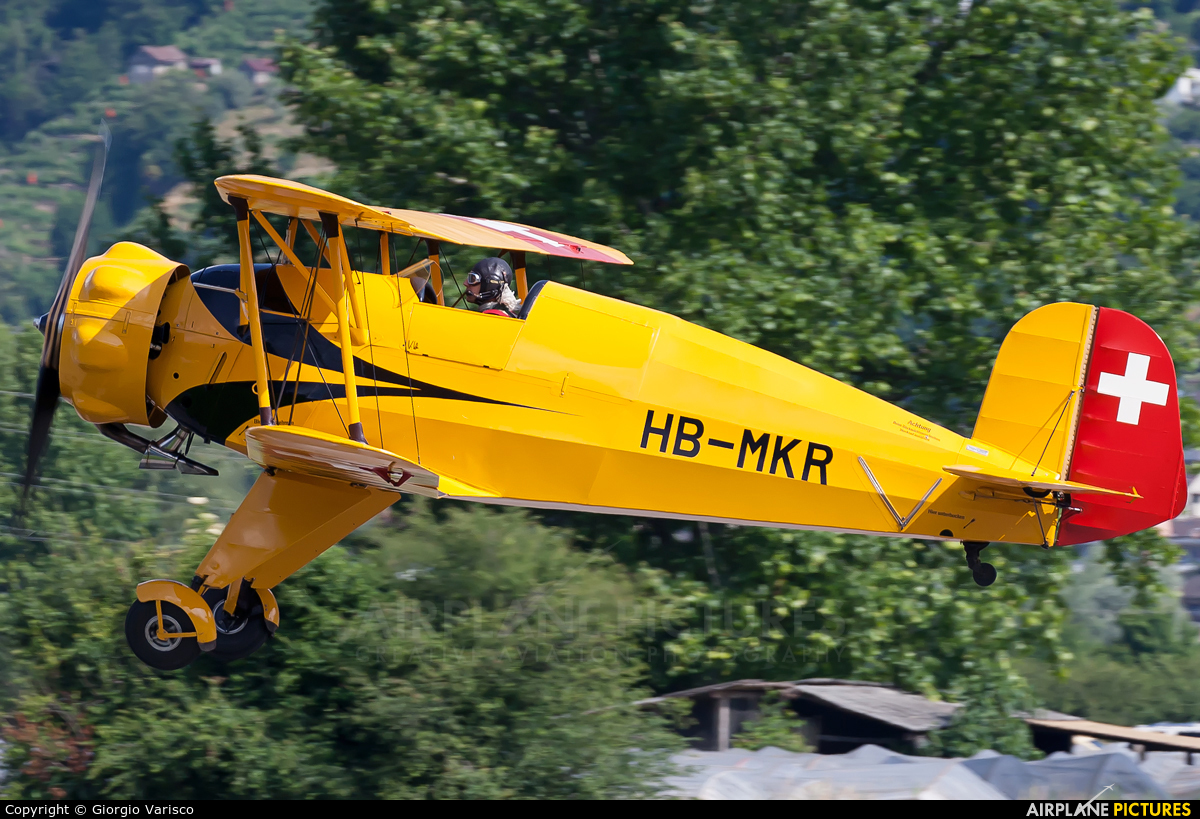 Private HB-MKR aircraft at Locarno
