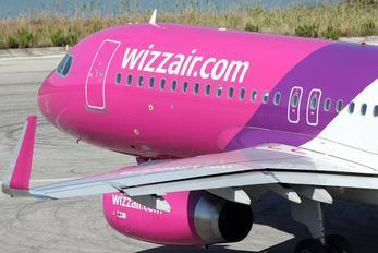 HA-LWR - Wizz Air Airbus A320