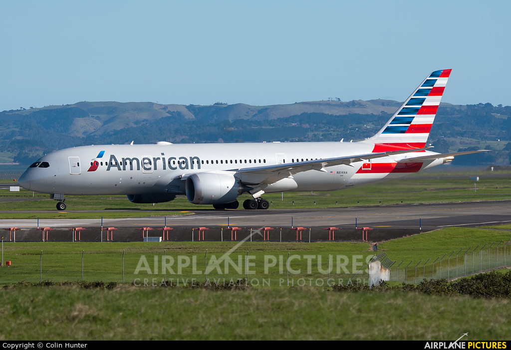 American Airlines N814AA aircraft at Auckland Intl