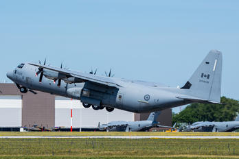 130603 - Canada - Air Force Lockheed CC-130J Hercules