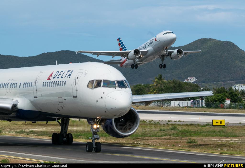 Delta Air Lines N670DN aircraft at Sint Maarten - Princess Juliana Intl